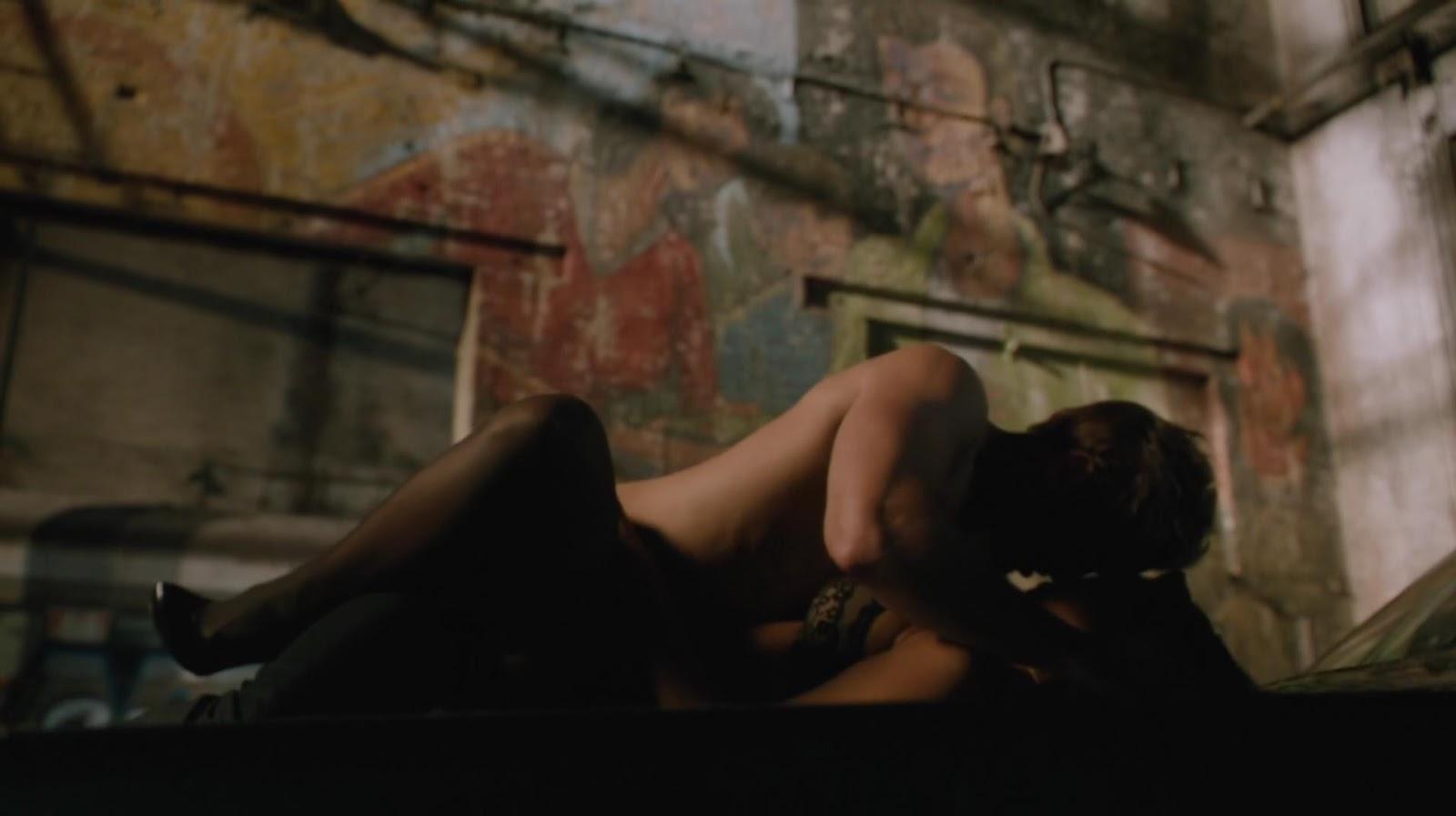 amanda latona hot nude